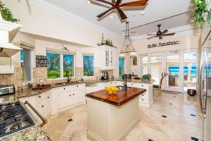 Hotels in Cayman Islands